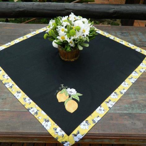 imagem do produto Toalha de Mesa Quadrada 100x100cm Brim Gourmet Limão Siciliano - Catran